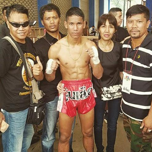 winning thai fighter mahamongkol after fight